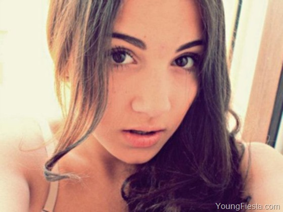 71_Elloryaa_0